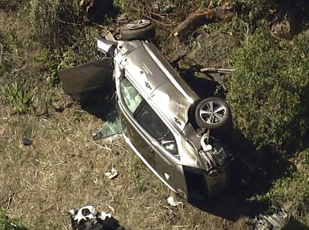 Mobilnya Ringsek Parah, Nyawa Tiger Woods Diselamatkan Sabuk Pengaman dan Airbag