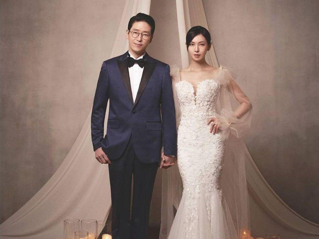 Foto: Adu Gaya 2 Pasangan Pengantin Kontroversial di The Penthouse Season 2