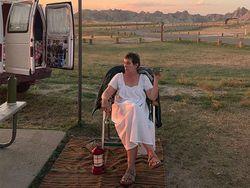 Nomadland Tentang Perjalanan dan Sembuh dari Duka