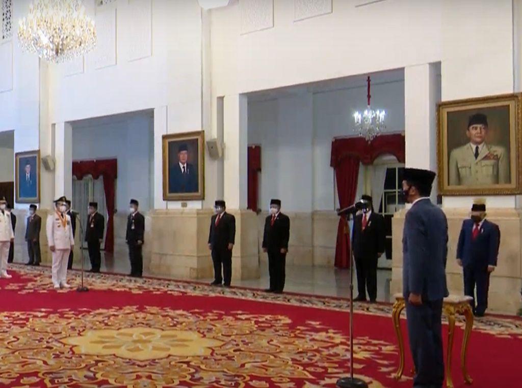 Jokowi Lantik Gubernur-Wakil Gubernur Sumbar, Kepri dan Bengkulu