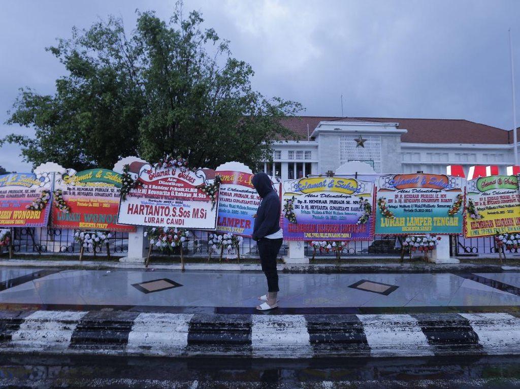 Besok Dilantik, Hendi Dapat Banyak Karangan Bunga dari Warga Semarang