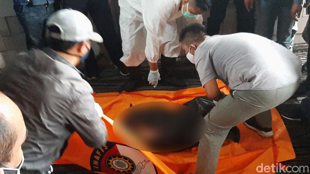 Mayat Wanita Terbungkus Plastik Ditemukan di Bogor