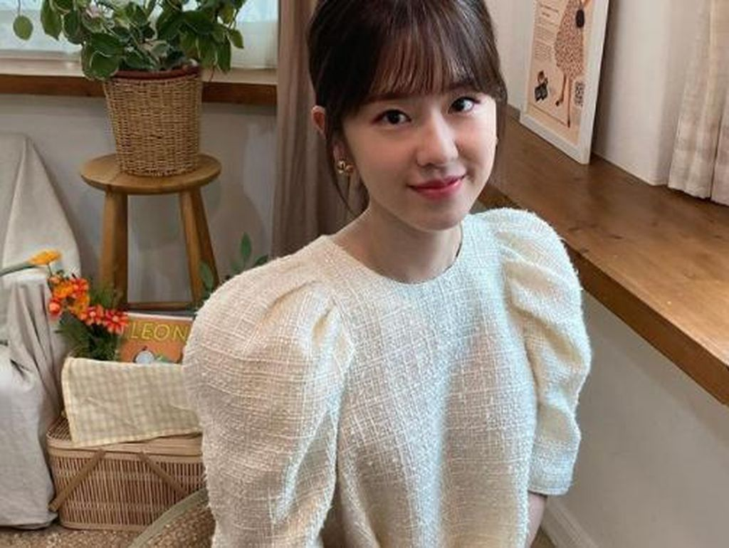 Buntut Kasus Bullying, Park Hye Soo Kemungkinan Didepak dari Dear.M