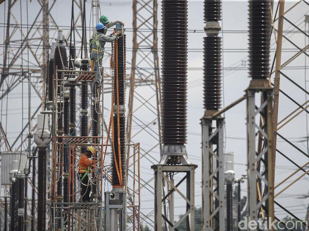PLN Bangun Tower Baru Demi Jaga Kelistrikan di NTT, Dijamin Aman?