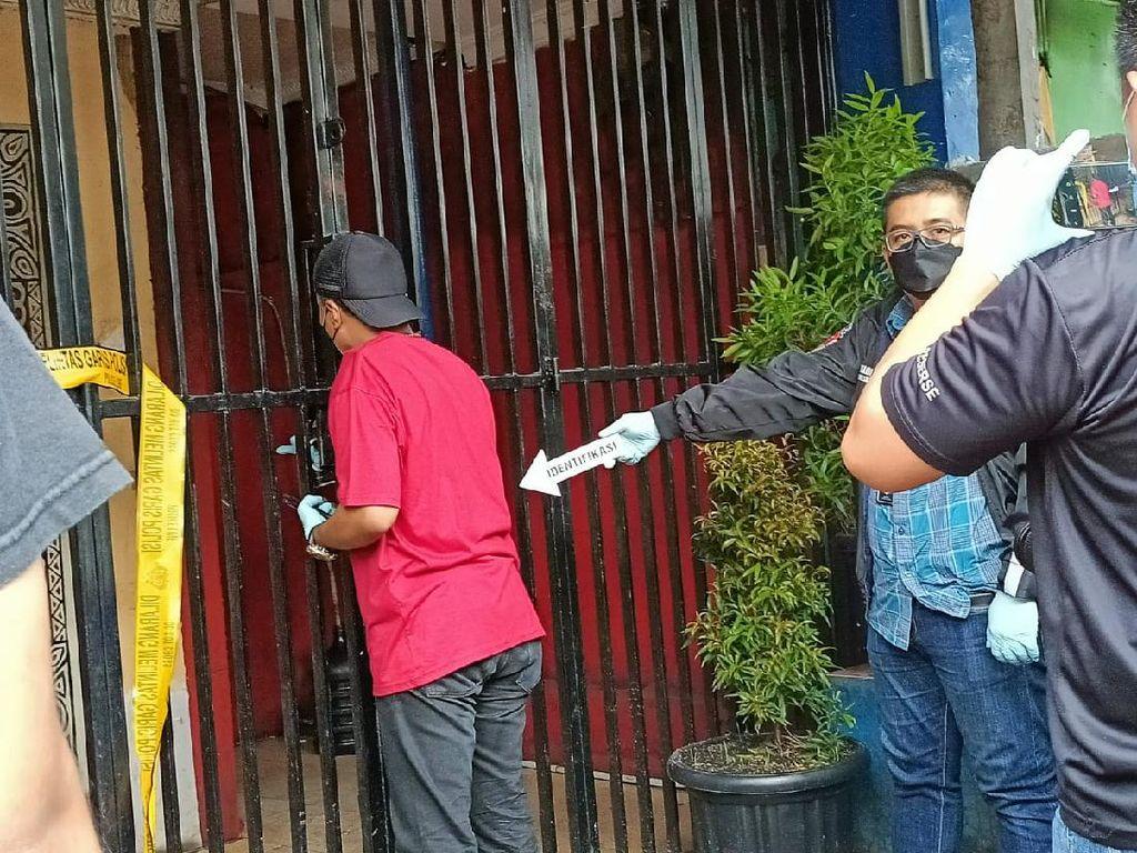 Tim Inafis Polda Metro Olah TKP di Lokasi Penembakan di Cengkareng