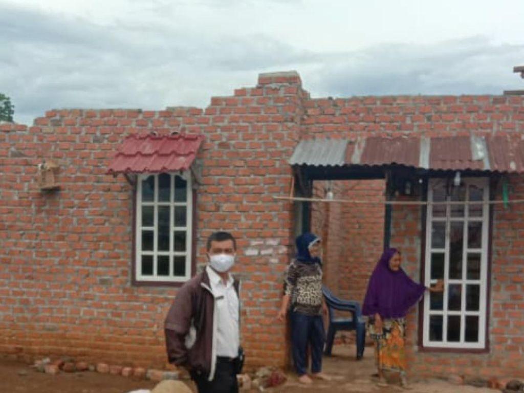 Angin Puting Beliung Rusak 2 Rumah di Sumsel, 1 Keluarga Mengungsi