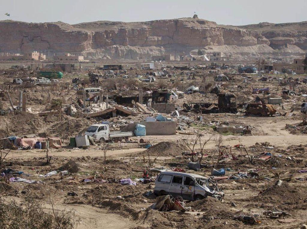 Serangan Rudal Hantam Kilang Minyak Suriah, 4 Orang Tewas-20 Luka