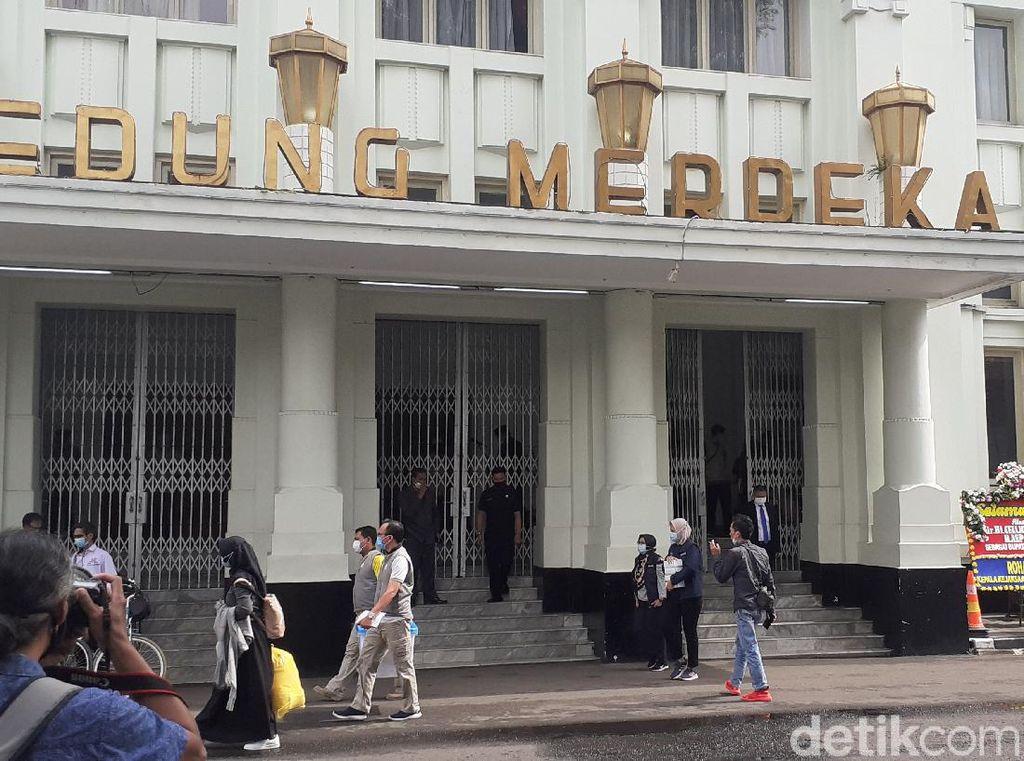 Pelantikan 5 Kepala Daerah di Jabar, Jalan Asia Afrika Bandung Ditutup