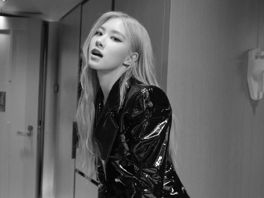 Foto Rose Blackpink dan 7 Idol Kpop Wanita Bukan Kelahiran Korea