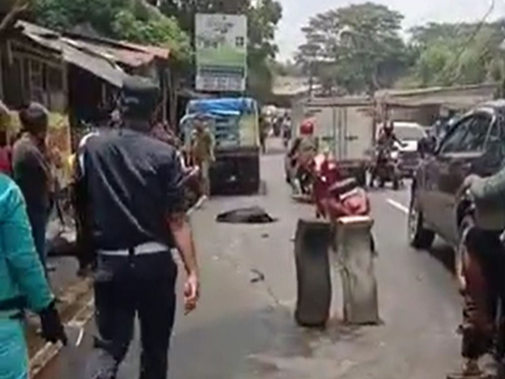 Belajar dari Kecelakaan Maut di Pondok Cabe: Motor Dinaiki 4 Orang, 2 Balita Tewas