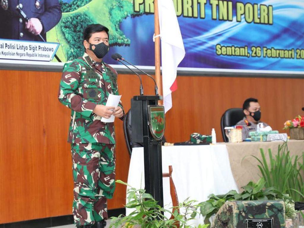 Kunjungi Papua Bareng Kapolri, Panglima Tekankan Sinergi TNI-Polri