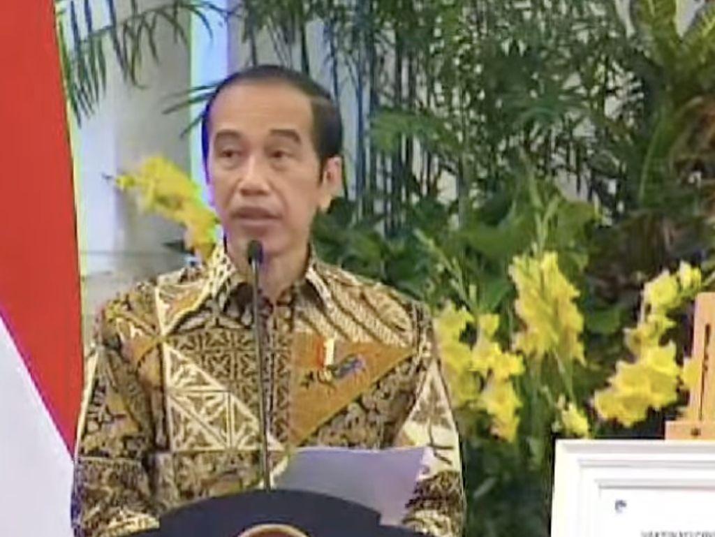 Jokowi Cabut Lampiran Perpres 10/2021 soal Investasi Miras!