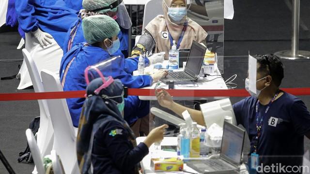 Kabar Puluhan Wartawan Terkapar Usai Vaksinasi COVID-19 Ternyata Hoaks