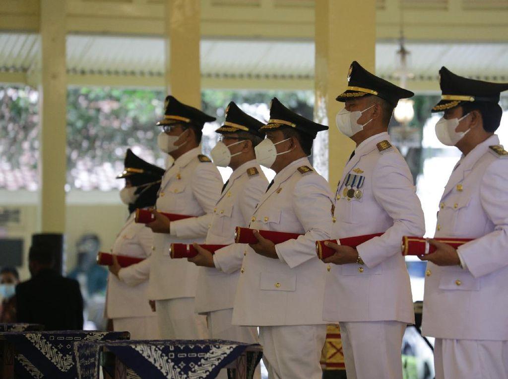 Lantik 3 Kepala Daerah, Sultan Yogya Pesan Tangani Pandemi-Pulihkan Ekonomi