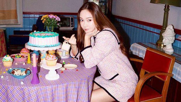 Jessica Jung pemotretan untuk brand BLANC & ECLARE/Sumber/Instagram/jessica.syj.