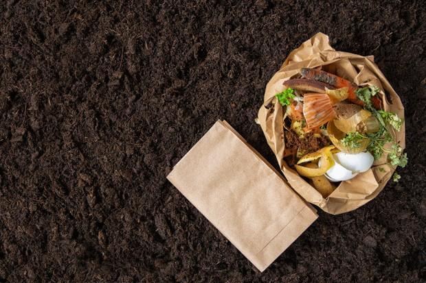Cara ini mencegah membuang makanan sisa yang hanya menjadi limbah rumah tangga.