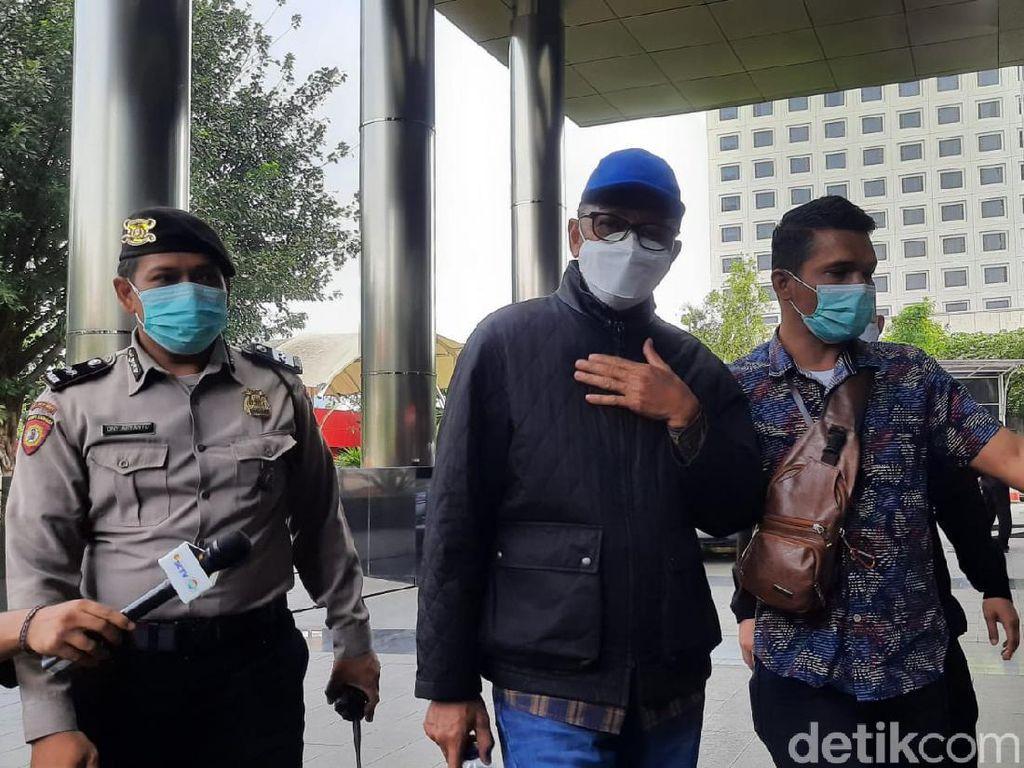 Gubernur Sulsel Nurdin Abdullah Tiba di KPK: Saya Lagi Tidur Dijemput