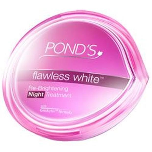 Ponds Flawles White Brightening Night CreamFoto:pinterest/katanne12345
