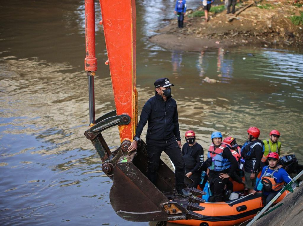 Soal Banjir Kiriman, Bima Arya Ajak Anies Susuri Sungai Ciliwung