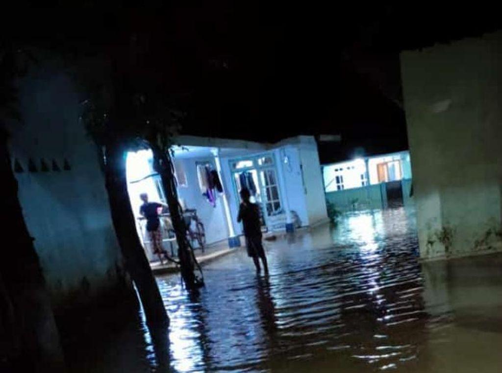 Tiga Sungai Meluap di Pasuruan, Ratusan Rumah Warga Terendam Banjir