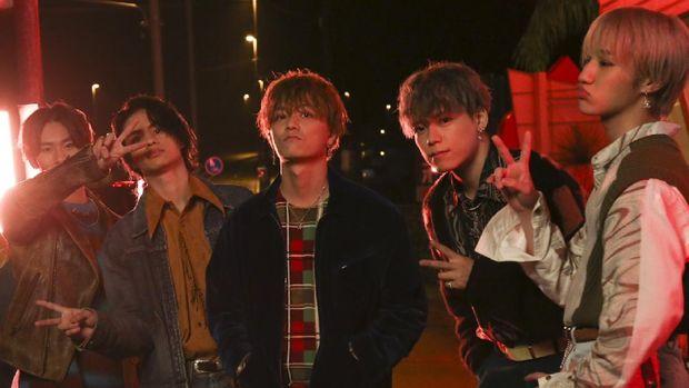 Foto-foto di balik pembuatan video musik Ballistik Boyz