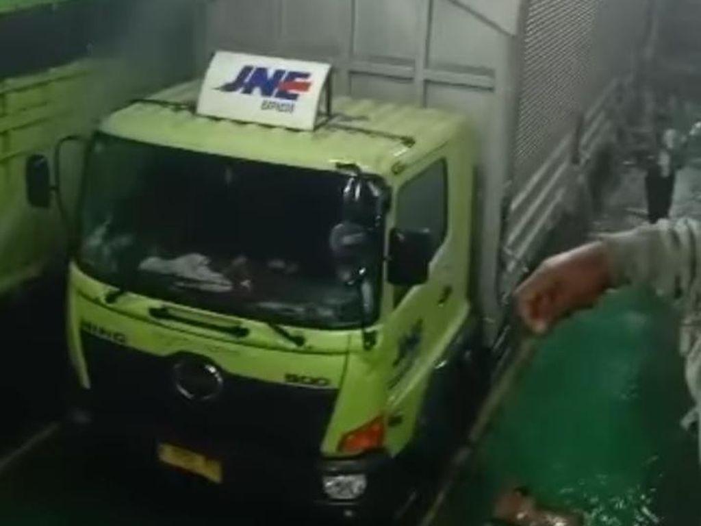 Pihak Ekspedisi Tanggung Kerusakan Paket Terbakar di Kapal Feri Bakauheuni