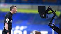 Shaw: Wasit Bilang kalau MU Dapat Penalti Pasti Heboh