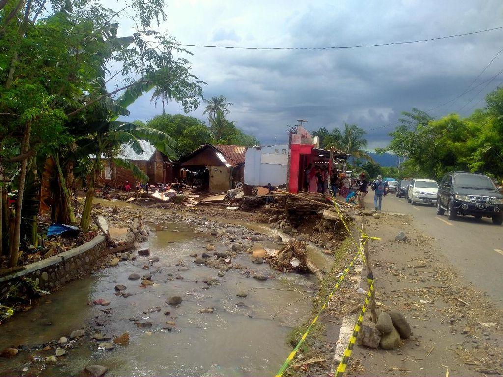 Update Dampak Banjir Bandang di Dompu NTB: 43 Rumah Hanyut, 400 Rusak