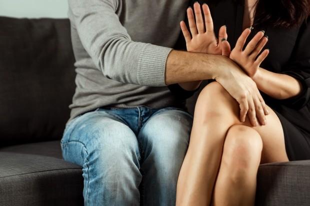 Setelah semuanya terbuka, kamu mungkin dapat mengambil langkah selanjutnya bersama pasangan dengan membuat ritual yang akan membantu kamu dan dirinya membangun kepercayaan diri bersama.