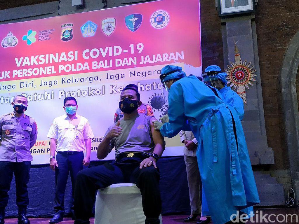 200 Personel Polda Bali Dapatkan Vaksinasi Corona