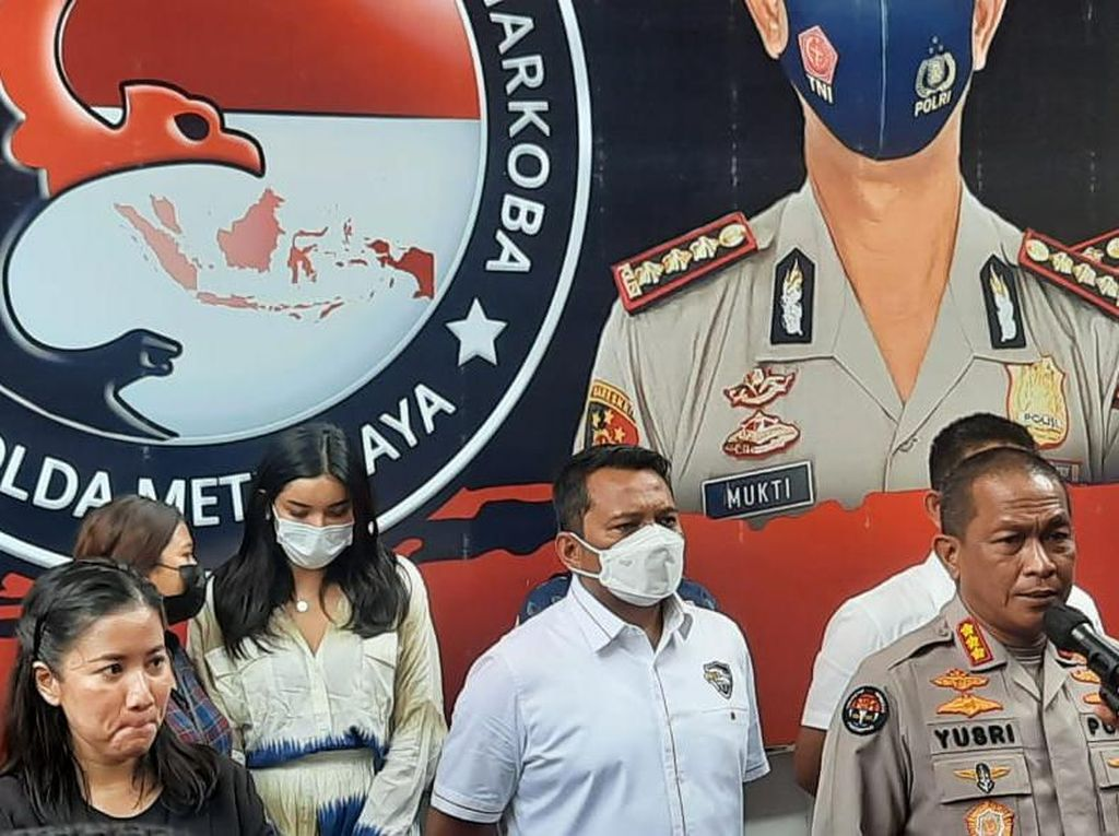 Millen Cyrus Masih Jalani Rehab Jalan, Polisi Kembalikan ke BNNK
