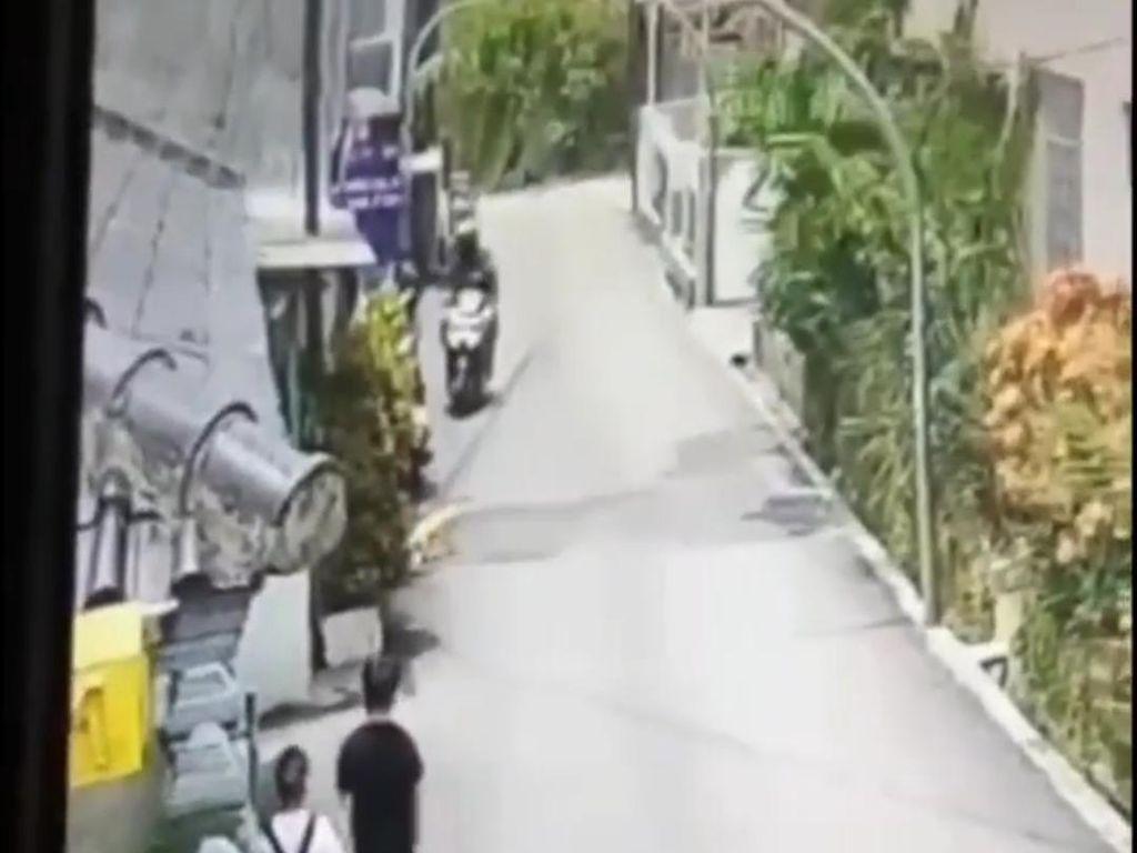 Viral Video Korban Jambret Terseret Motor di Bandung, Polisi Turun Tangan