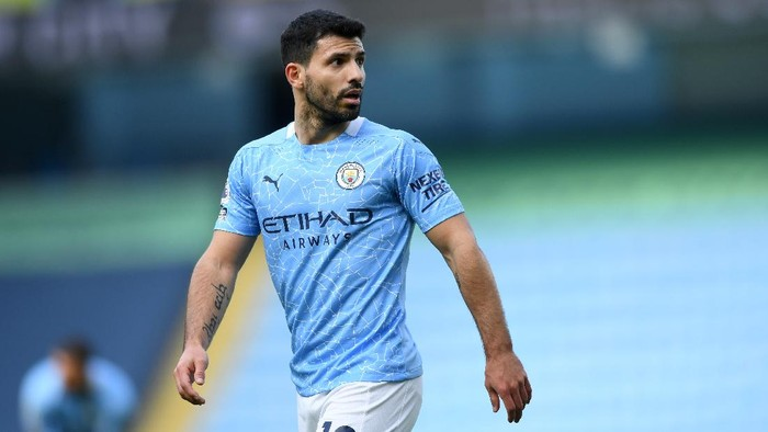 MANCHESTER, ENGLAND - FEBRUARY 27: Sergio Agüero of Manchester City during the Premier League match between Manchester City and West Ham United at Etihad Stadium on February 27, 2021 in Manchester, England. Sporting stadiums around the UK remain under strict restrictions due to the Coronavirus Pandemic as Government social distancing laws prohibit fans inside venues resulting in games being played behind closed doors. (Photo by Gareth Copley/Getty Images)