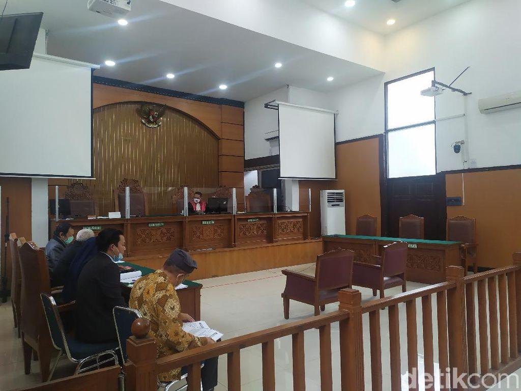 Sidang Praperadilan HRS Kembali Ditunda, Hakim Beri Peringatan ke Polda Metro