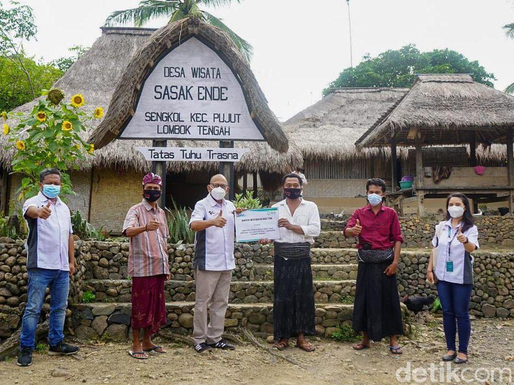 Lestarikan Kearifan Lokal, Rumah Adat Ende di Lombok Diperbaiki