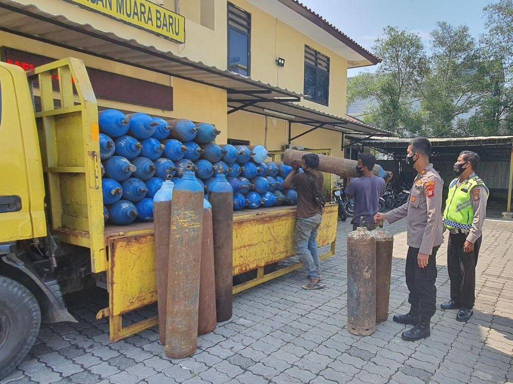 Polisi Tangkap Pencuri 49 Tabung Oksigen di Muara Baru Jakut