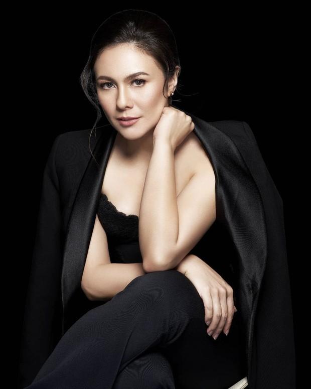 Presenter model dan aktris