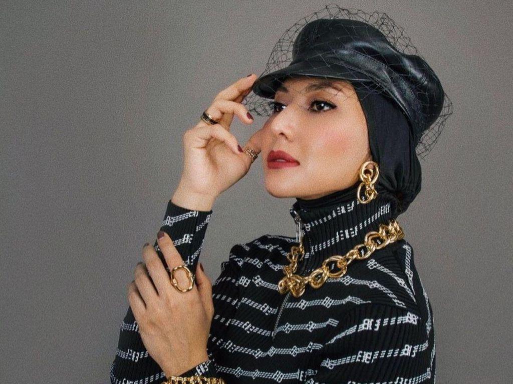 Kenal Lebih Dekat dengan Renny Angesti, Kurator Fashion Para Selebriti