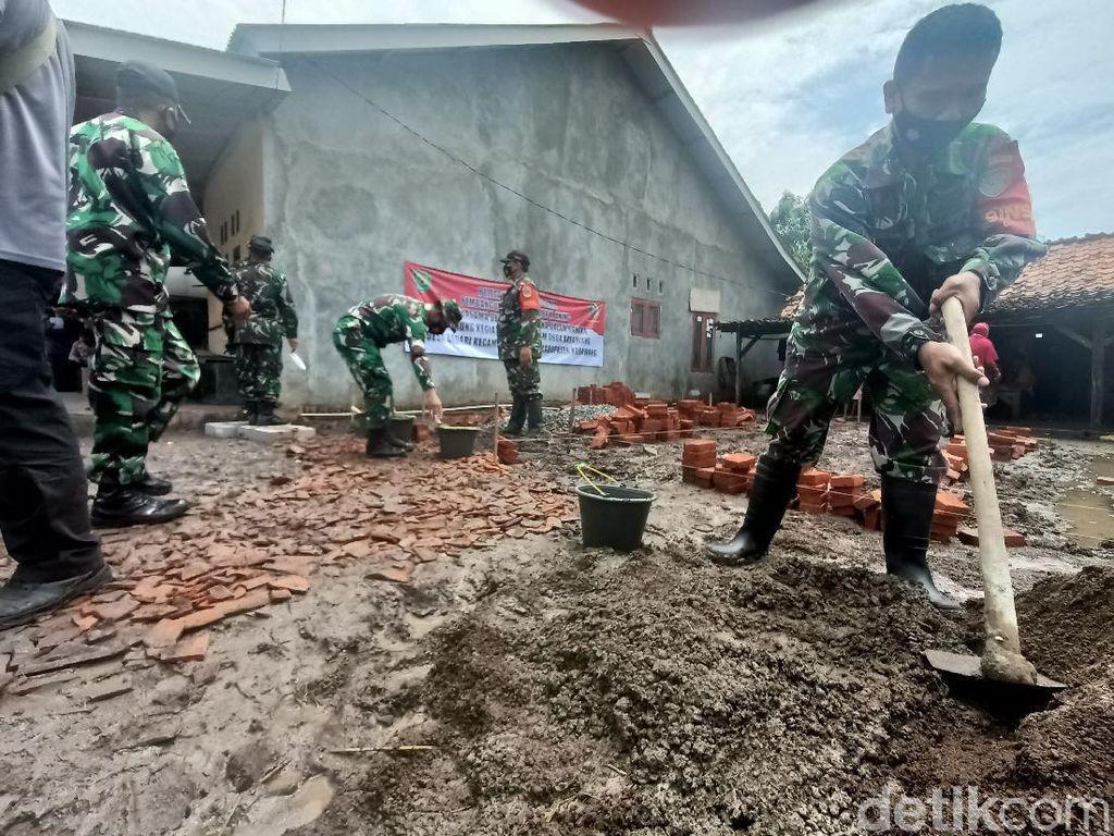 Melihat TNI Membangun Desa di Wilayah Sukabumi-Pesisir Karawang