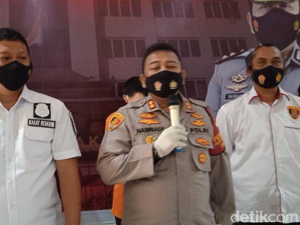 Polisi Ungkap Bos yang Lecehkan 2 Karyawati di Jakut Bawa Sajam Saat Beraksi
