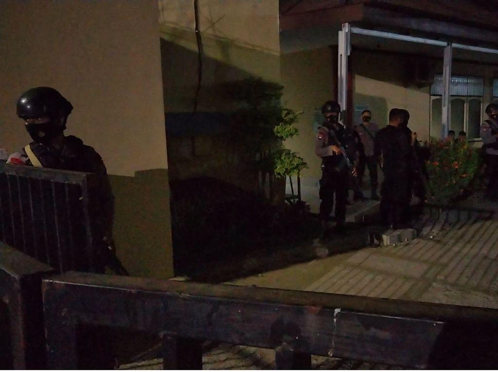 Baku Tembak dengan Kelompok MIT, Satu Anggota Polri Gugur