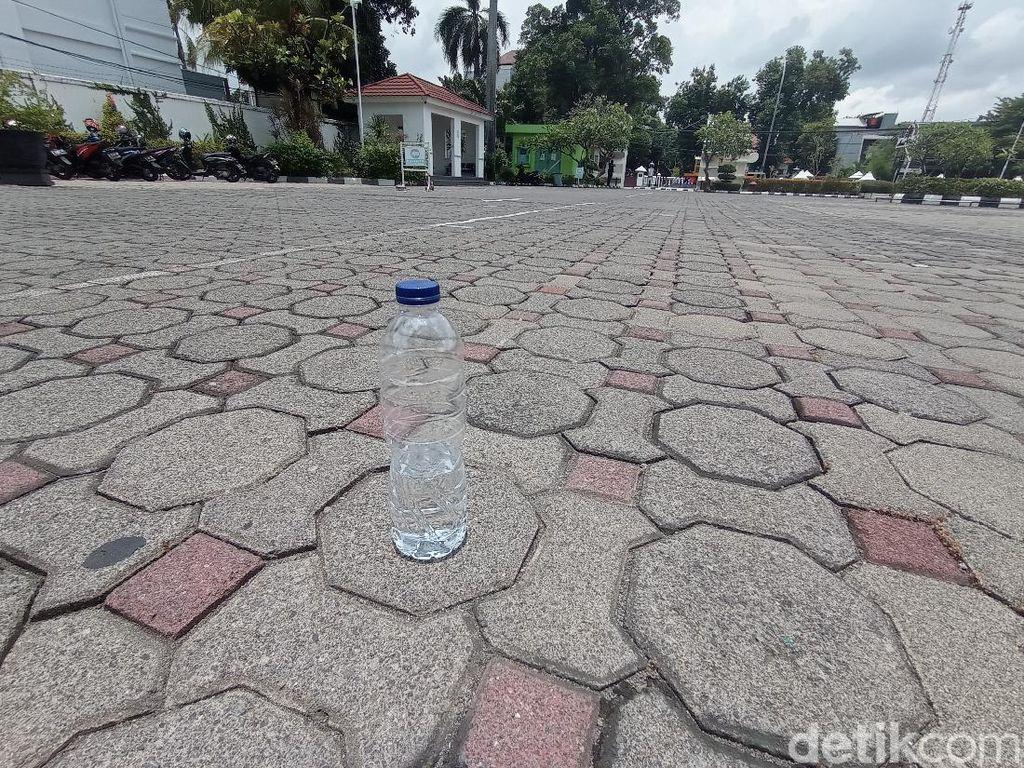 Penampakan Fenomena Hari Tanpa Bayangan di Kota Cirebon
