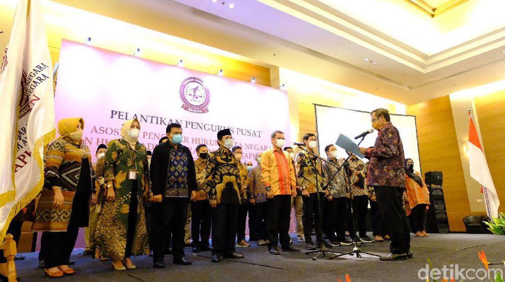 Menko Polhukam Lantik Pengurus Asosiasi Pendekar Hukum Tata Negara