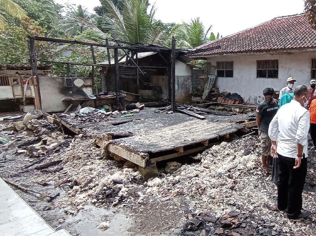 Diduga Korsleting Listrik, Rumah Warga di Pangandaran Ludes Terbakar