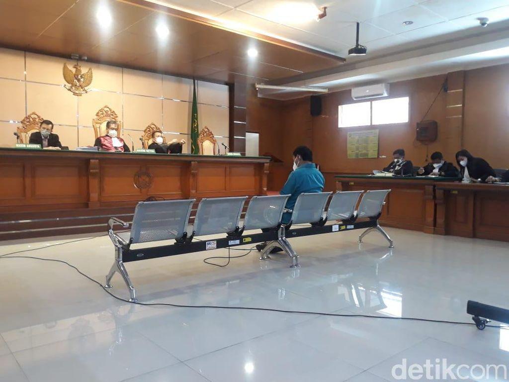 Terima Gratifikasi, Eks Bupati Bogor Rachmat Yasin Dituntut 4 Tahun Bui