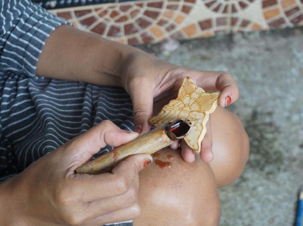 Batik Kayu di Bantul Datangkan Omzet Rp 20 Juta/Bulan