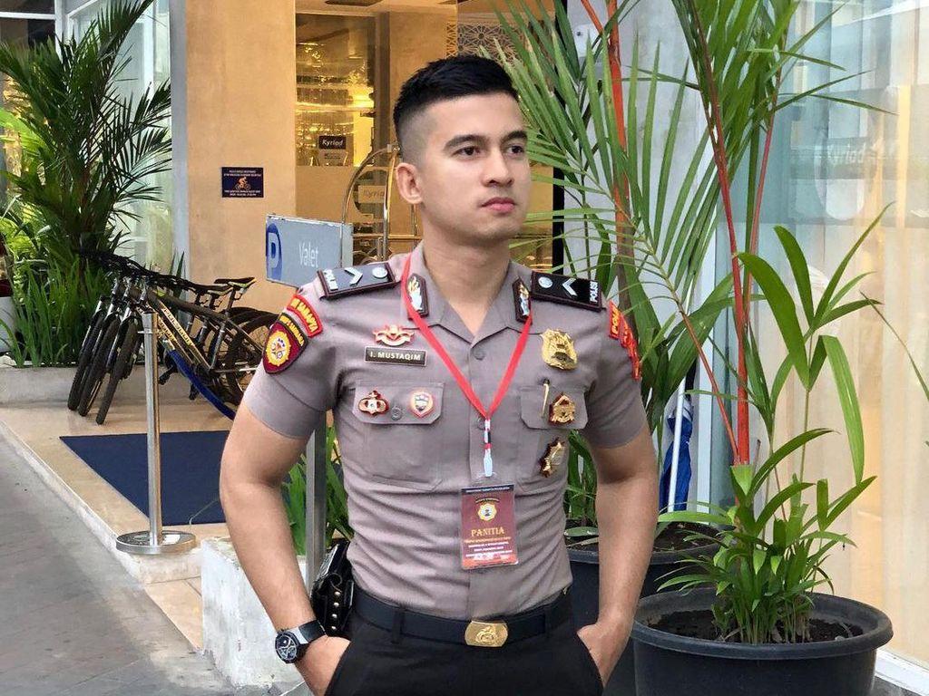 Viral Polisi Ganteng yang Disebut Mirip Herjunot Ali Sampai Sehun EXO