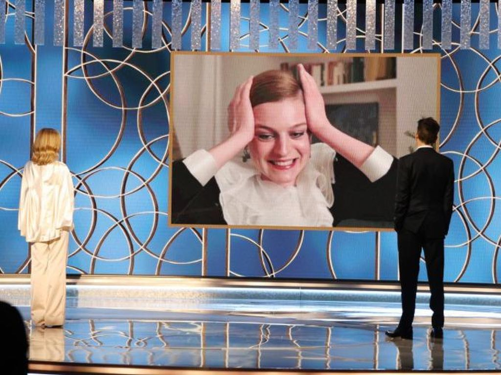 Emma Corrin Jelmaan Putri Diana yang Raih Golden Globe Pertama