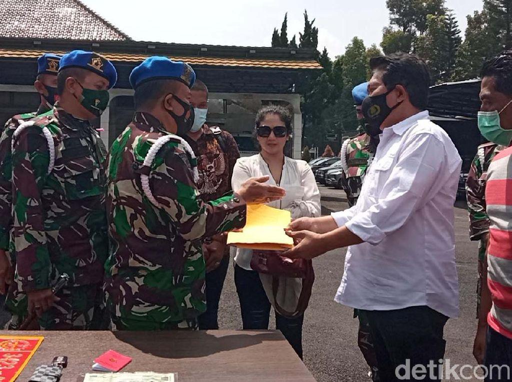 Kasus Wanita Pamer Pelat TNI Palsu Dilimpahkan ke Polisi