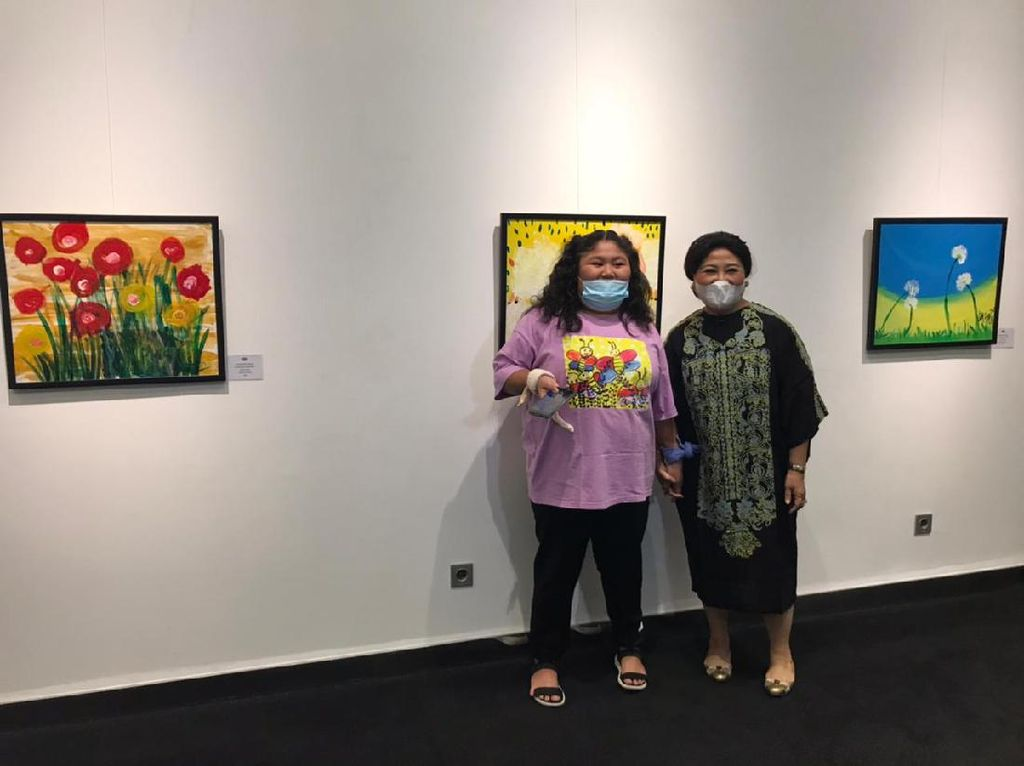 Raysha Kemal Gani Gelar Pameran Lukisan, Hasil Penjualan untuk Amal
